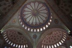 Interno di Sultan Ahmed Mosque, o moschea blu, a Costantinopoli Fotografia Stock Libera da Diritti