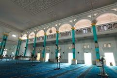 Interno di Sultan Ismail Mosque in Muar, Johor, Malesia immagini stock
