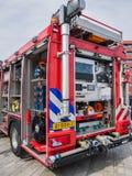 Interno di un camion dei vigili del fuoco olandese moderno Fotografia Stock