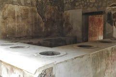 Interno di un forno di Pompei immagini stock