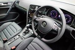 Interno di Volkswagen Golf GT 2017 fotografia stock