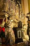 Interno di Wawel, Cracovia Polonia I dettagli dell'altare Immagini Stock Libere da Diritti