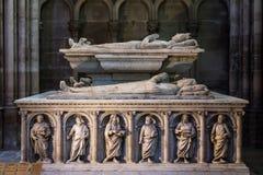 Interno e dettagli della basilica di St Denis Parigi, Fran Immagine Stock