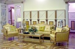 Interno e mobilia nella casa di Yanukovych Fotografie Stock