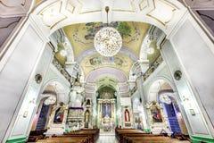 Interno europeo della chiesa Immagini Stock