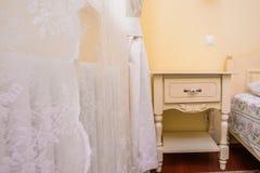 Interno giallo della camera da letto Fotografia Stock Libera da Diritti