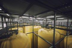 Interno industriale con il silos saldato Immagini Stock