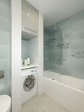 Interno moderno del bagno con le mattonelle bianche, beige e grige Fotografie Stock