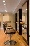 Interno-Nuovo salone di capelli Fotografia Stock Libera da Diritti