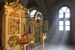 Interno ortodosso cristiano della cattedrale Immagine Stock