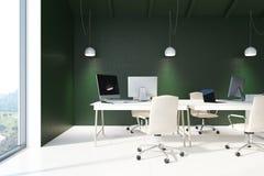 Interno verde dell'ufficio dello spazio aperto Fotografie Stock Libere da Diritti