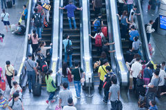 Internt av Guangzhou järnvägstation royaltyfria bilder