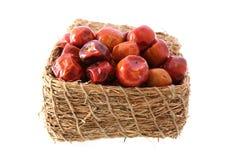Intero contenitore rotondo di peperoni di peperoncini rossi Fotografia Stock