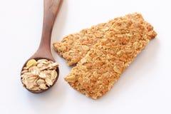 Intero granulo della barra granulare Crunchy fotografie stock libere da diritti