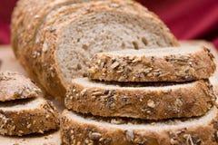 Intero pane affettato del granulo Immagini Stock