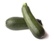 Intero zucchini due isolato immagine stock