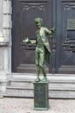 Interprète humain de rue à Bruges Photo stock