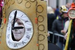 Interprètes de rue de carnaval à Maastricht Photo stock