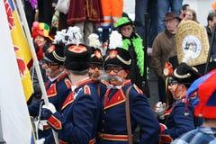 Interprètes de rue de carnaval à Maastricht Photographie stock libre de droits