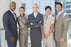 Interracial Commercieel van Mannen & van Vrouwen Team Stock Foto