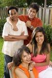interracial familj Royaltyfria Bilder