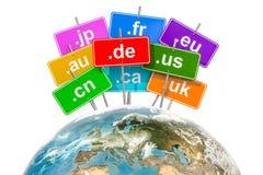 Interri il globo con i Domain Name di alto livello di codice di paese, il renderi 3D Fotografia Stock Libera da Diritti