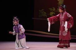 """Interrogación del  del oeste de Chamber†del """"the de Hong Niang-Kunqu Opera fotos de archivo"""