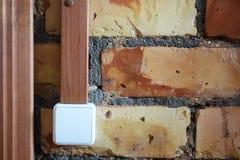 Interruptor da luz mecânico plástico branco foto de stock