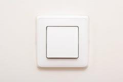 Interruptor da luz moderno na parede branca fotos de stock