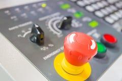 Interruptor de emergência na máquina do CNC foto de stock royalty free