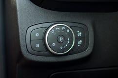 Interruptor de iluminação do carro foto de stock