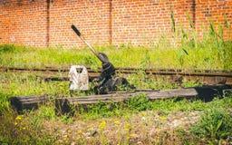 Interruptor del ferrocarril, asistencia Interruptor del ferrocarril de la vieja estación de tren Imagen de archivo libre de regalías