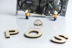 Interruptor do PRISIONEIRO DE GUERRA, mineração de Ethereum Cryptocurrency de GPU ao sinal da posição, da posição com cartão gráf foto de stock royalty free