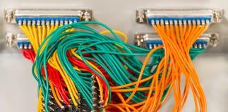Interruptor rotativo do mec?nico Cabos paralelos Centronics dos conectores imagem de stock royalty free