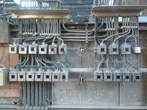 Interruptores eléctricos en la fábrica Fotos de archivo