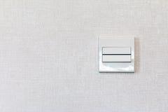 Interruttore di accensione bianco, in bianco per lo spazio della copia Fotografia Stock
