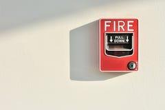 Interruttore di attivazione del segnalatore d'incendio di incendio Immagini Stock Libere da Diritti