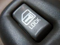 Interruttore di serratura del portello dell'automobile Fotografie Stock
