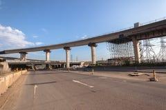 Interseção da junção da estrada da construção fotos de stock