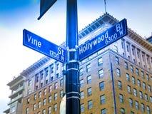 Interseção histórica famosa do bulevar & da videira de Hollywood, Califórnia Imagem de Stock