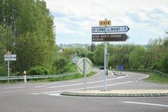 Interseção Saint-CÃ'me-du-Mont e Carentan da estrada Imagens de Stock Royalty Free