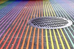 Intersección de Castro District Rainbow Colored Crosswalk, San Francisco, California Foto de archivo libre de regalías