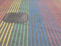 Intersección de Castro District Rainbow Colored Crosswalk, San Francisco, California Fotos de archivo