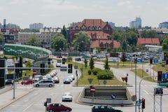 Intersección de la avenida de Rozdzienskiego con la calle Jerzy Duda - Gracza en Katowice Imagen de archivo libre de regalías