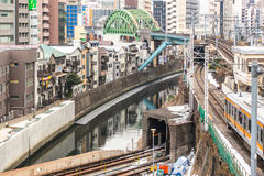 Intersecciones del tren en el distrito de Ochanomizu Fotos de archivo libres de regalías