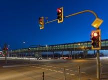Intersection avec le feu de signalisation Image libre de droits