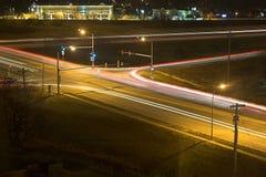 intersection nighttime Στοκ εικόνες με δικαίωμα ελεύθερης χρήσης