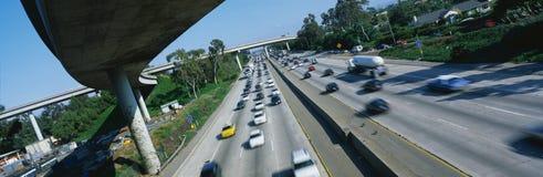 Interstate 405 och 10 på rusningstiden Royaltyfria Foton