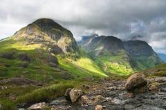 Intervallo di montagna della sorella della Scozia-Tre in Glencoe Immagine Stock Libera da Diritti