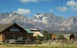 Intervallo di montagna e dell'azienda agricola Fotografia Stock